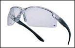 Okulary ochronne.